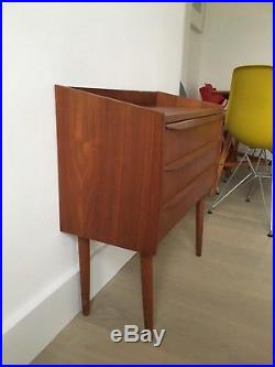 Danish Mid Century Modern Teak Chest of Drawers Cabinet Bedside table