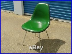 HERMAN MILLER FIBERGLASS CHAIR GREEN RARE COLOR 1970's RETRO EAMES KNOLL VINTAGE