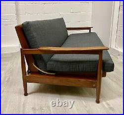 Midcentury Guy Rogers Sofa Bed Manhattan Vintage (delivery available)