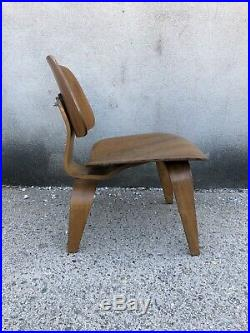 Rare Eames LCW 1950s Production 525 Lounge Chair Herman-Miller Vintage
