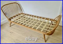 Rare Ercol Windsor single bed, model 358. Alternative to studio couch/day bed