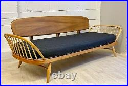 Vintage Ercol Studio Couch Daybed Sofa Midcentury Blonde (delivery available)